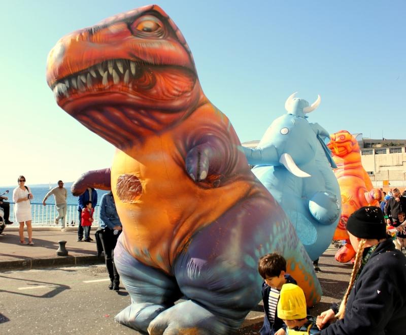 Carnaval des Catalans - déambulation des gonflables